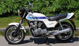 CB750FB_Wit